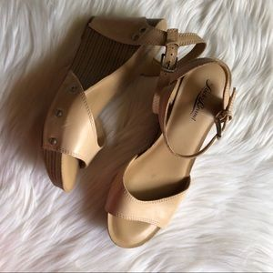 Lucky brand wedges size 9